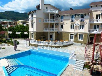 гостиница Романтик в Судаке